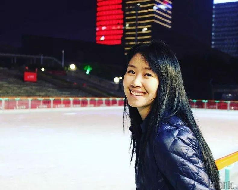 【蒙古佳丽】蒙古美女最新图集 气质非凡 太养眼了! 第4张
