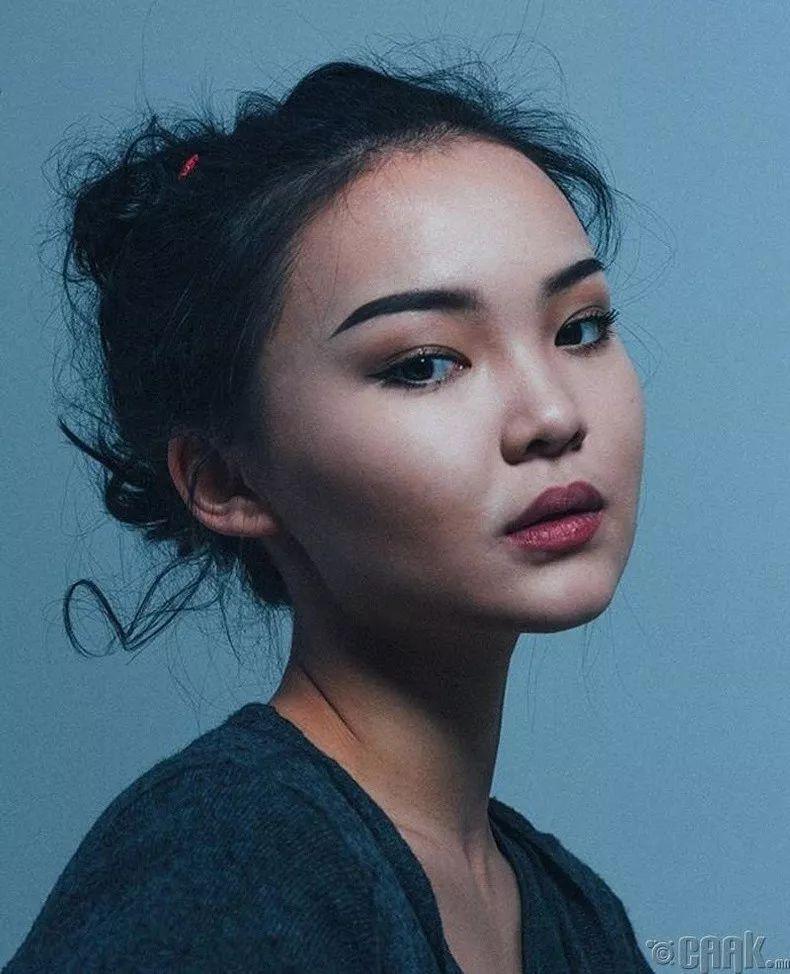 【蒙古佳丽】蒙古美女最新图集 气质非凡 太养眼了! 第23张