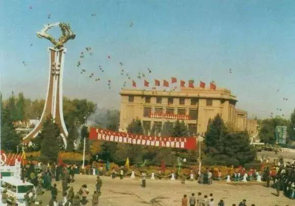 【今日头条】珍贵!内蒙古十二盟市老照片 快看看你的家乡 第15张