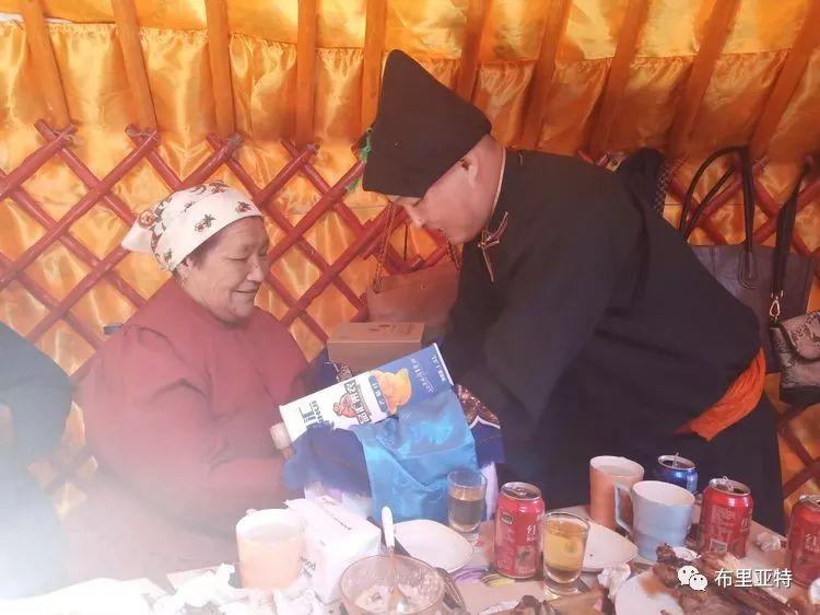 【蒙古影像】今夏的布里亚特传统婚礼拉开帷幕 第21张
