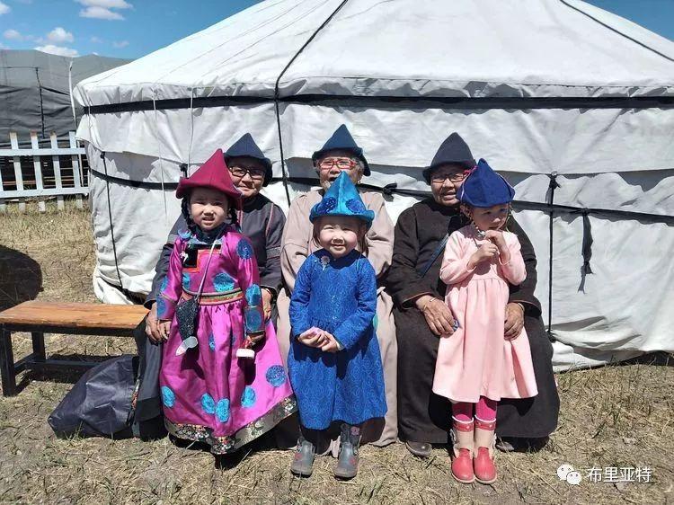 【蒙古影像】今夏的布里亚特传统婚礼拉开帷幕 第65张