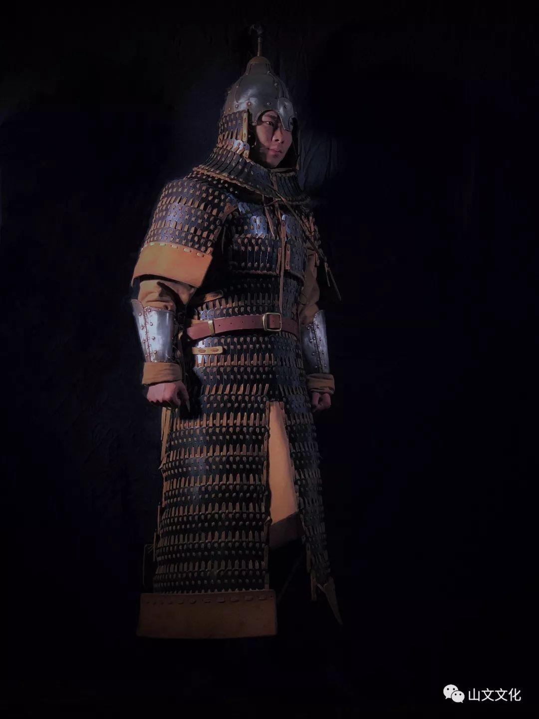 噔,盔甲出炉了   蒙古帝国胸背阔板铁札甲 第1张