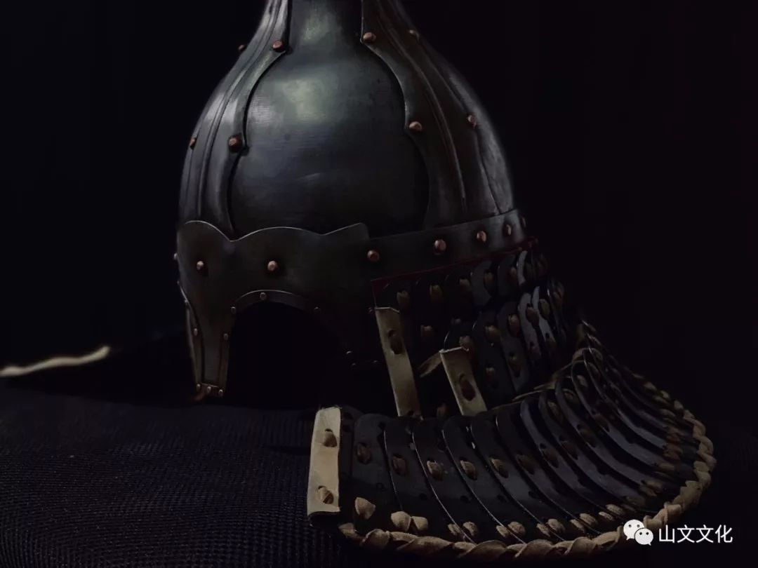 噔,盔甲出炉了   蒙古帝国胸背阔板铁札甲 第4张