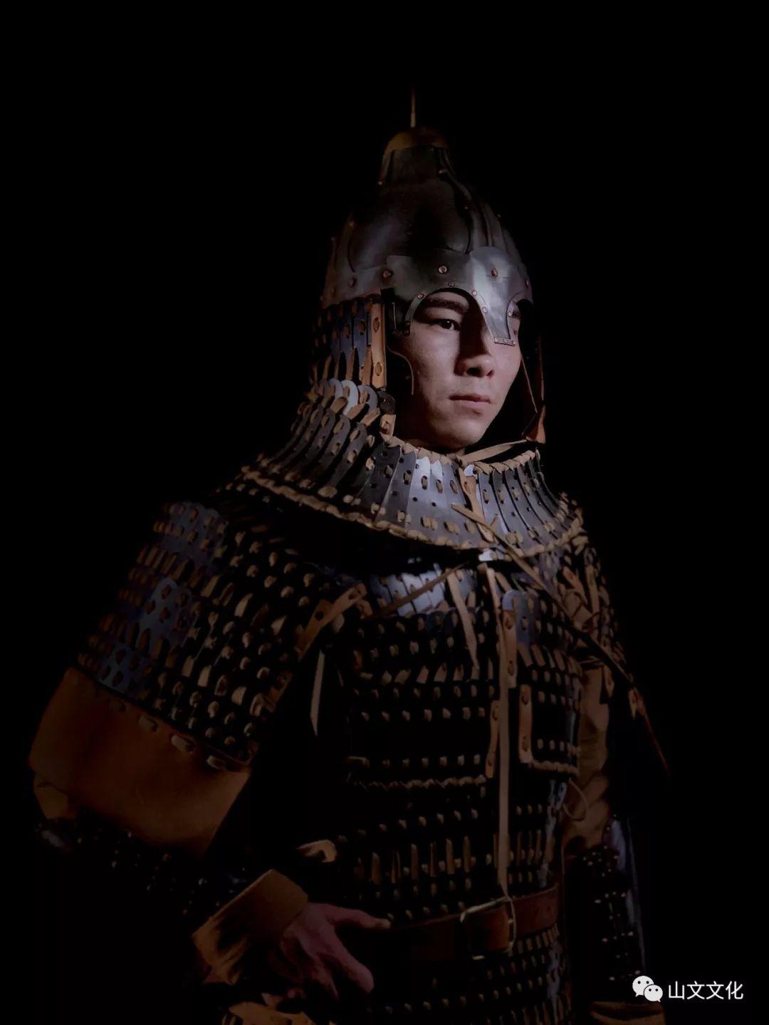 噔,盔甲出炉了   蒙古帝国胸背阔板铁札甲 第6张