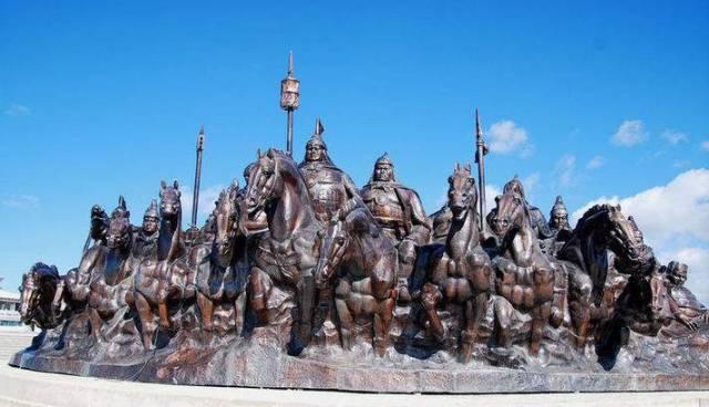 【蒙古文化】让人热血沸腾的江格尔12英雄赞 第1张