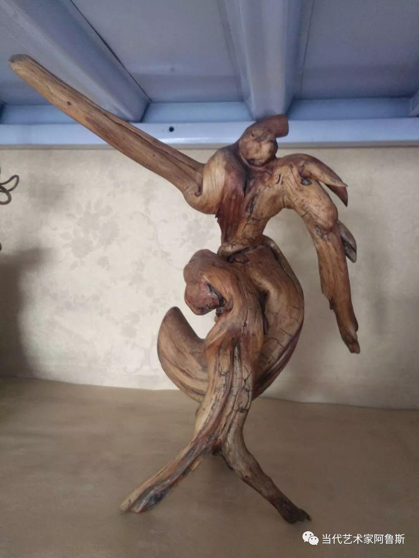 锡林郭勒草原民间艺人阿拉腾敖都的根雕艺术作品欣赏 第5张