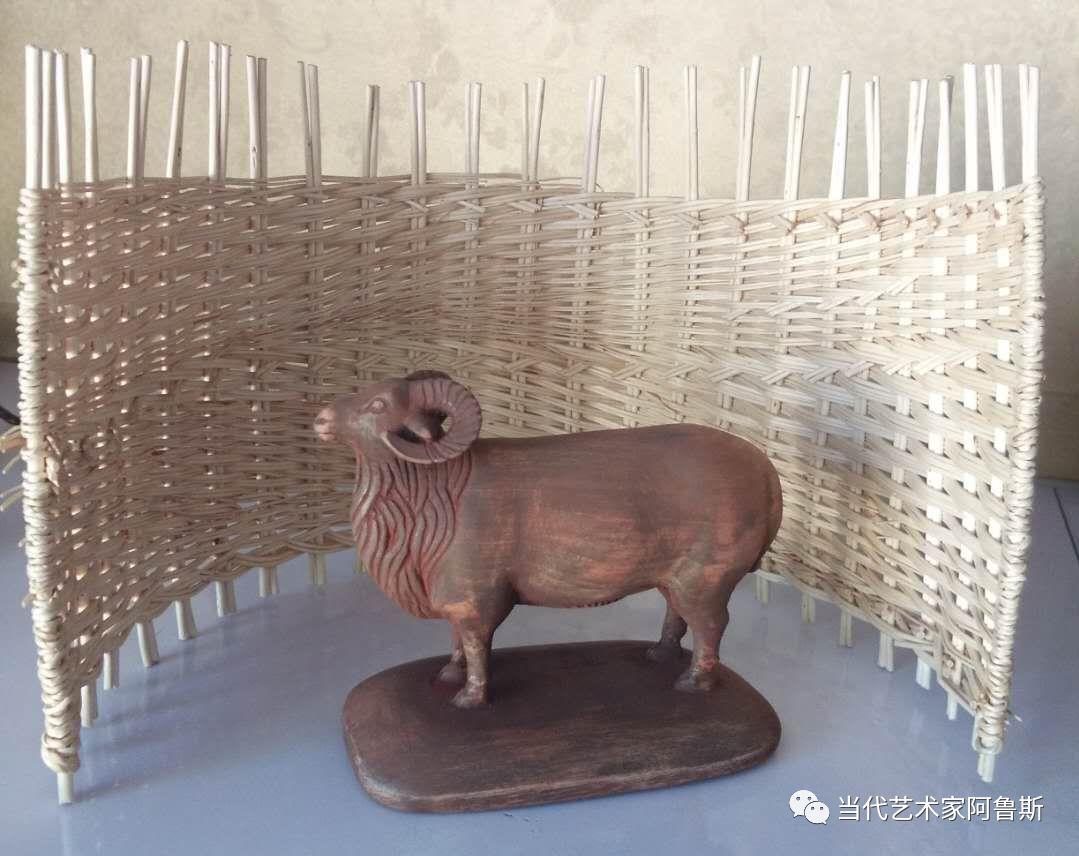 锡林郭勒草原民间艺人阿拉腾敖都的根雕艺术作品欣赏 第6张