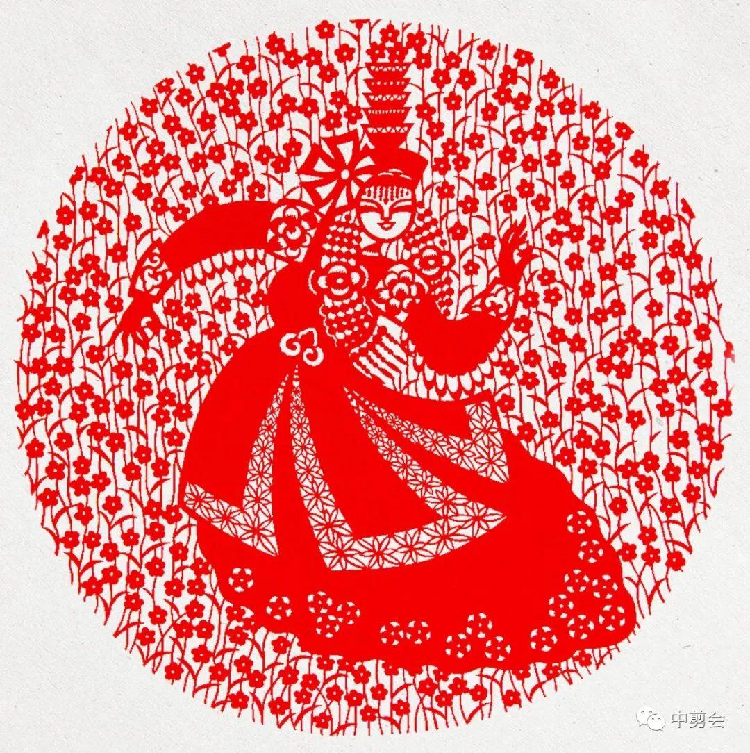 游唱游剪——记荣凤敏与她剪纸艺术中的草原风韵 第23张