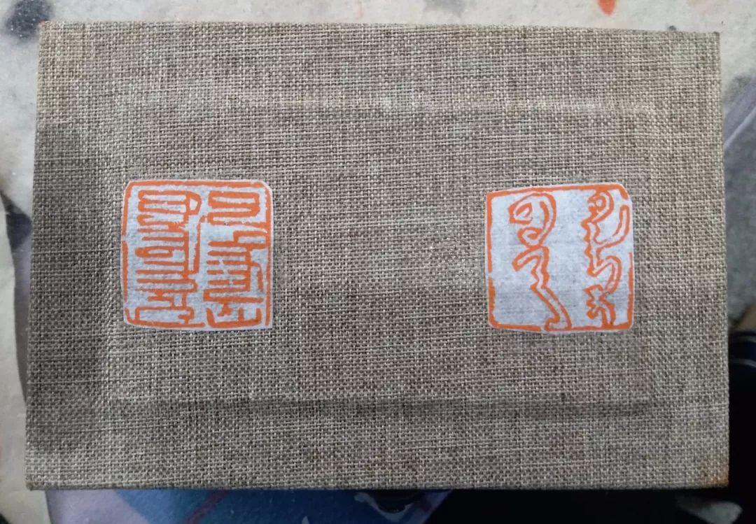 【人物】90后青年才俊乌塔拉:励志为蒙文书法篆刻艺术做贡献 第27张
