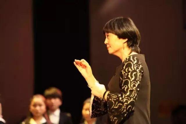 蒙古族少年合唱团一张嘴让世界震惊,民族音乐让外国人拍手叫绝! 第4张
