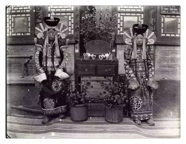100年前的蒙古贵族老照片 第12张