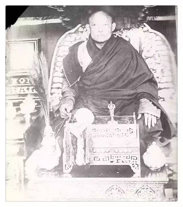 100年前的蒙古贵族老照片 第18张
