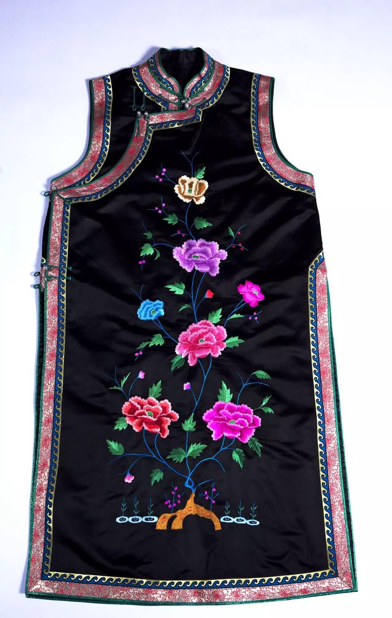 蒙古族刺绣非遗传承人——萨义玛 第10张 蒙古族刺绣非遗传承人——萨义玛 蒙古工艺