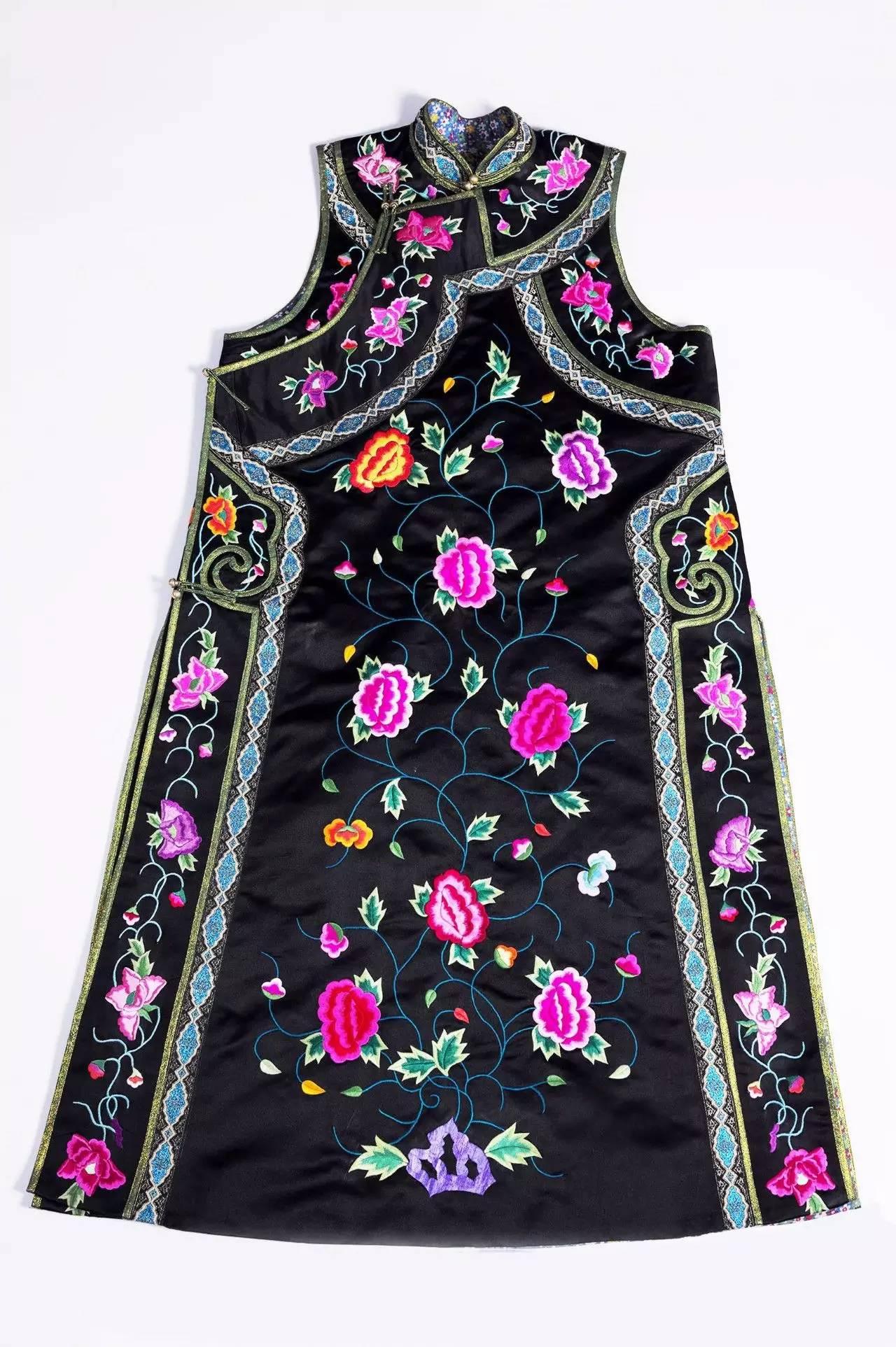 蒙古族刺绣非遗传承人——萨义玛 第11张 蒙古族刺绣非遗传承人——萨义玛 蒙古工艺
