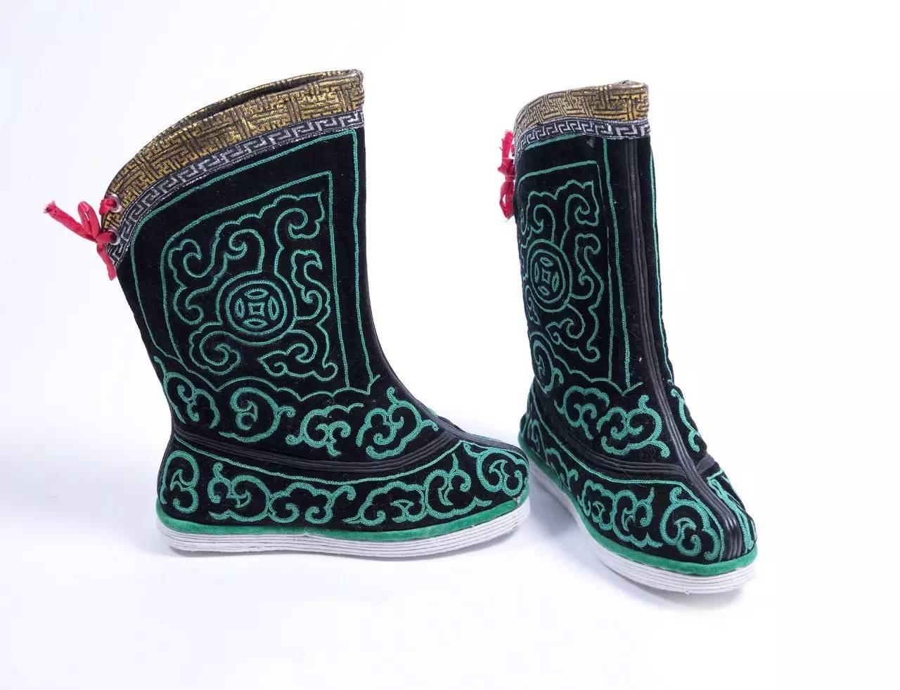 蒙古族刺绣非遗传承人——萨义玛 第14张 蒙古族刺绣非遗传承人——萨义玛 蒙古工艺