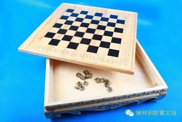 【视频】阿敖日布:将蒙古象棋推向世界的人 第17张