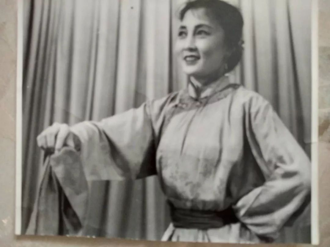 内蒙古舞蹈名家系列之——斯琴塔日哈 第4张