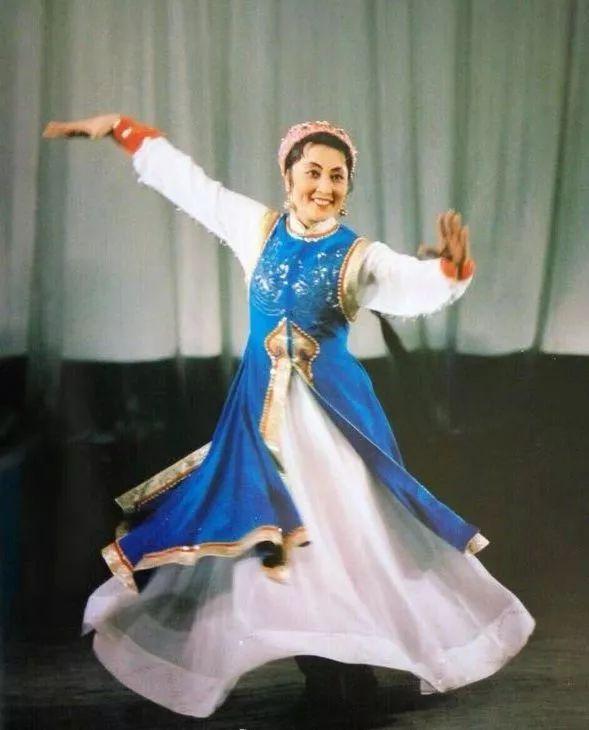 内蒙古舞蹈名家系列之——斯琴塔日哈 第9张
