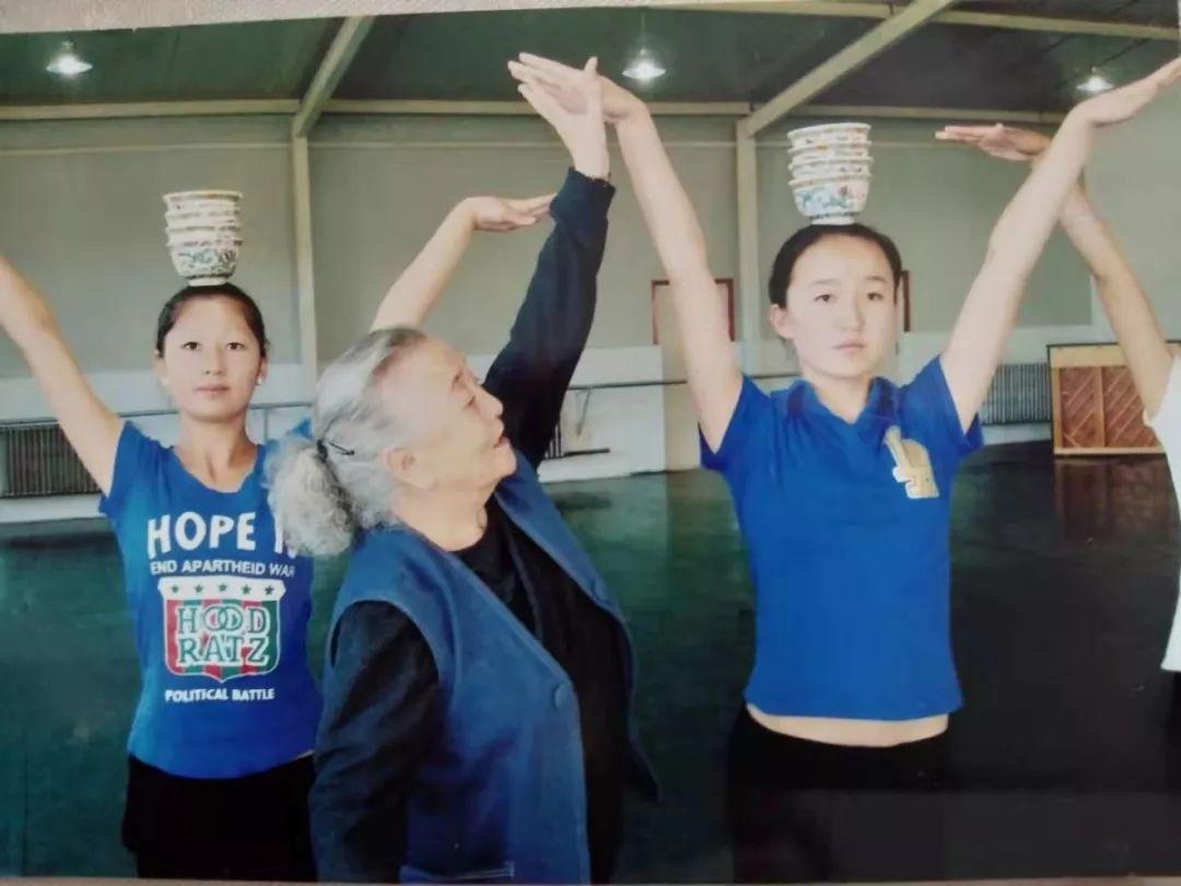 内蒙古舞蹈名家系列之——斯琴塔日哈 第12张 内蒙古舞蹈名家系列之——斯琴塔日哈 蒙古文化