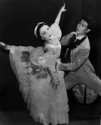 内蒙古舞蹈名家系列之——查干朝鲁 第3张 内蒙古舞蹈名家系列之——查干朝鲁 蒙古文化