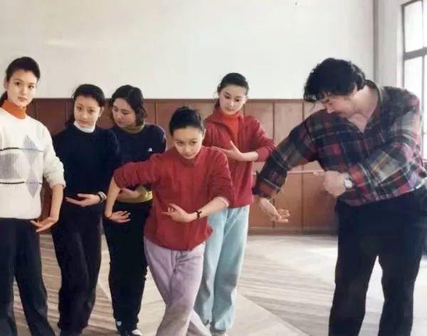 内蒙古舞蹈名家系列之——查干朝鲁 第21张 内蒙古舞蹈名家系列之——查干朝鲁 蒙古文化