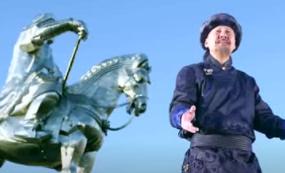 腾格尔老师《蒙古人》最新MV 第1张