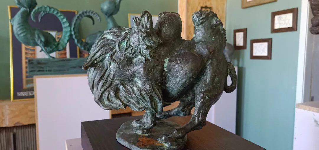 【头条】蒙古族小伙用雕塑艺术创作出个性作品 第9张 【头条】蒙古族小伙用雕塑艺术创作出个性作品 蒙古画廊
