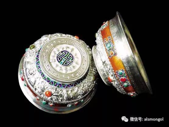 蒙古人为何随身带银碗?原因在这里... 第1张