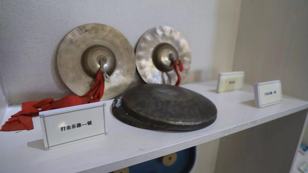 乌兰牧骑这些老物件 撑起了几代人的回忆?︱蒙古家乡 第17张