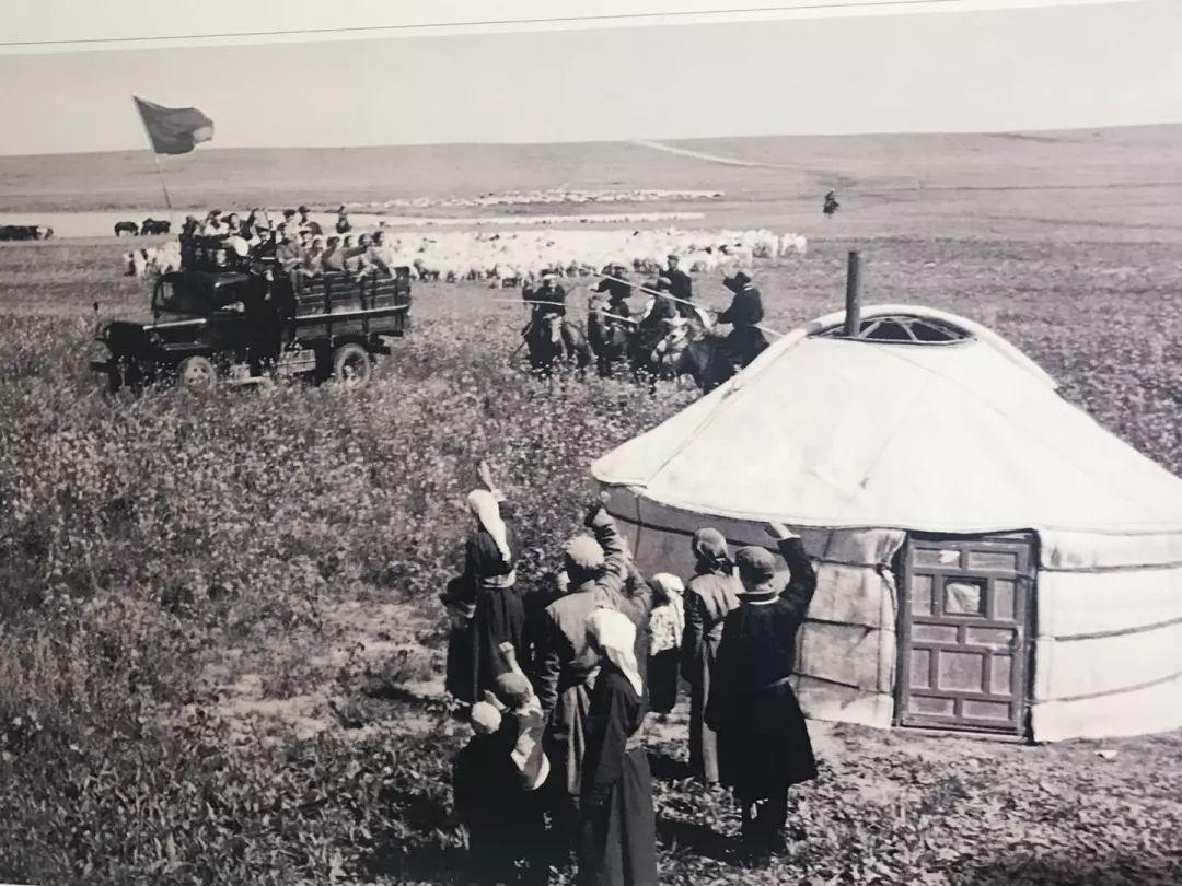 乌兰牧骑这些老物件 撑起了几代人的回忆?︱蒙古家乡 第39张