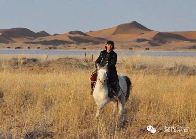 蒙古族青年画家柯西格巴图 第1张