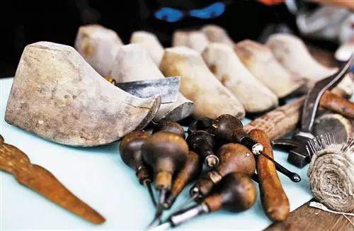 非遗丨蒙古族皮靴制作:传不下去的手艺 第5张 非遗丨蒙古族皮靴制作:传不下去的手艺 蒙古工艺