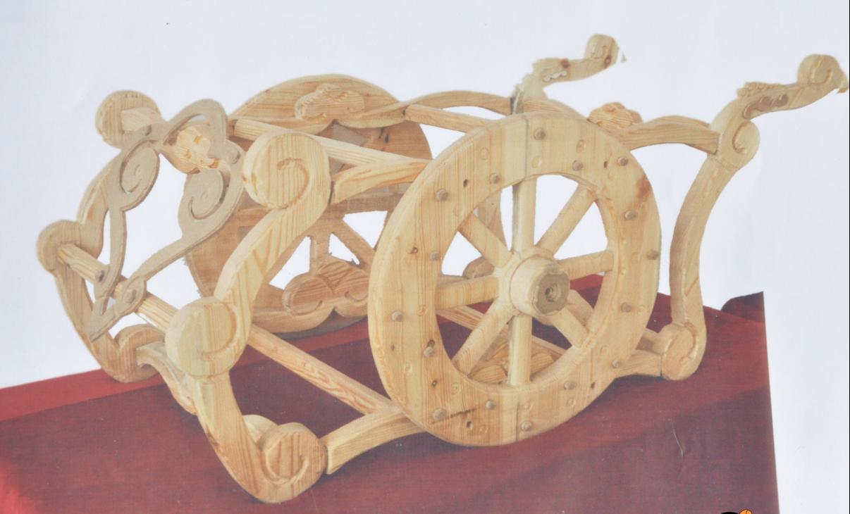 【蒙古人】乌拉特民间手工艺师达那巴拉木雕作品 第3张