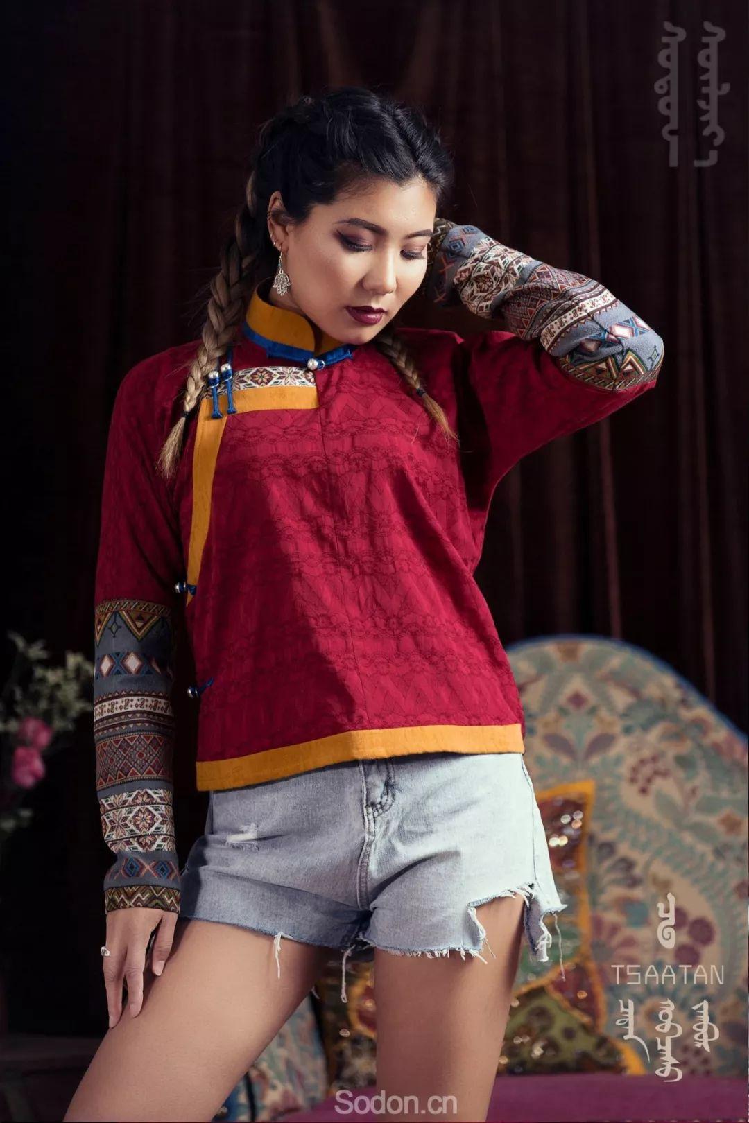 TSAATAN蒙古时装 2019新款,来自驯鹿人的独特魅力! 第36张 TSAATAN蒙古时装 2019新款,来自驯鹿人的独特魅力! 蒙古服饰