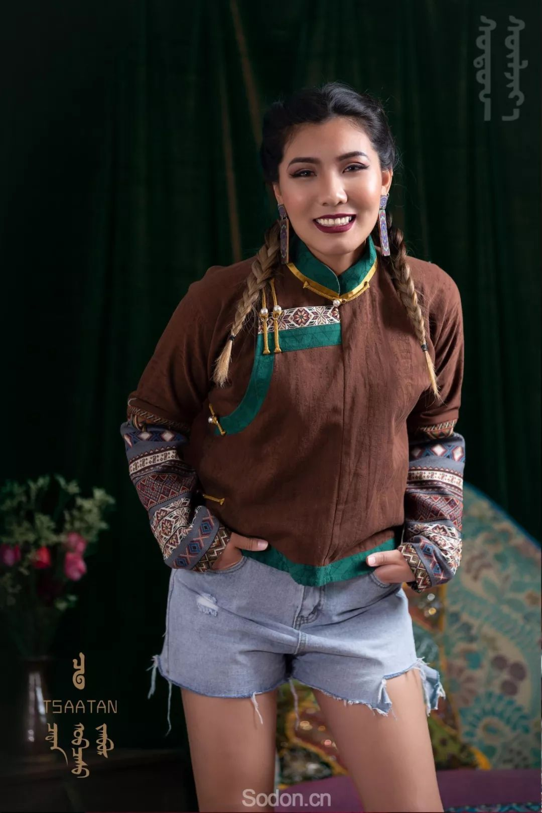 TSAATAN蒙古时装 2019新款,来自驯鹿人的独特魅力! 第38张 TSAATAN蒙古时装 2019新款,来自驯鹿人的独特魅力! 蒙古服饰