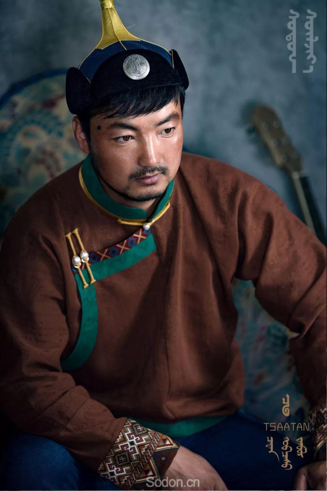 TSAATAN蒙古时装 2019新款,来自驯鹿人的独特魅力! 第43张 TSAATAN蒙古时装 2019新款,来自驯鹿人的独特魅力! 蒙古服饰