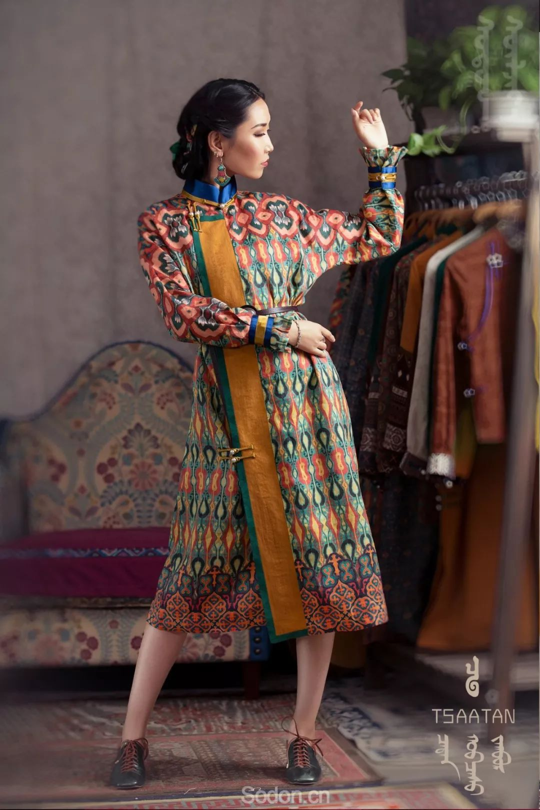 TSAATAN蒙古时装 2019新款,来自驯鹿人的独特魅力! 第70张 TSAATAN蒙古时装 2019新款,来自驯鹿人的独特魅力! 蒙古服饰