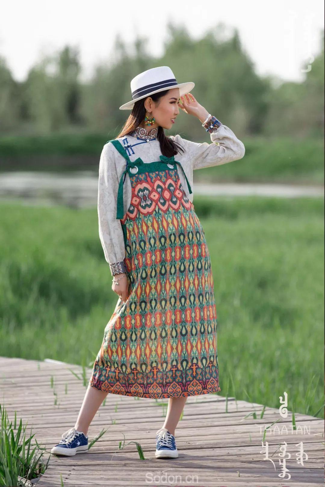 TSAATAN蒙古时装 2019新款,来自驯鹿人的独特魅力! 第78张 TSAATAN蒙古时装 2019新款,来自驯鹿人的独特魅力! 蒙古服饰