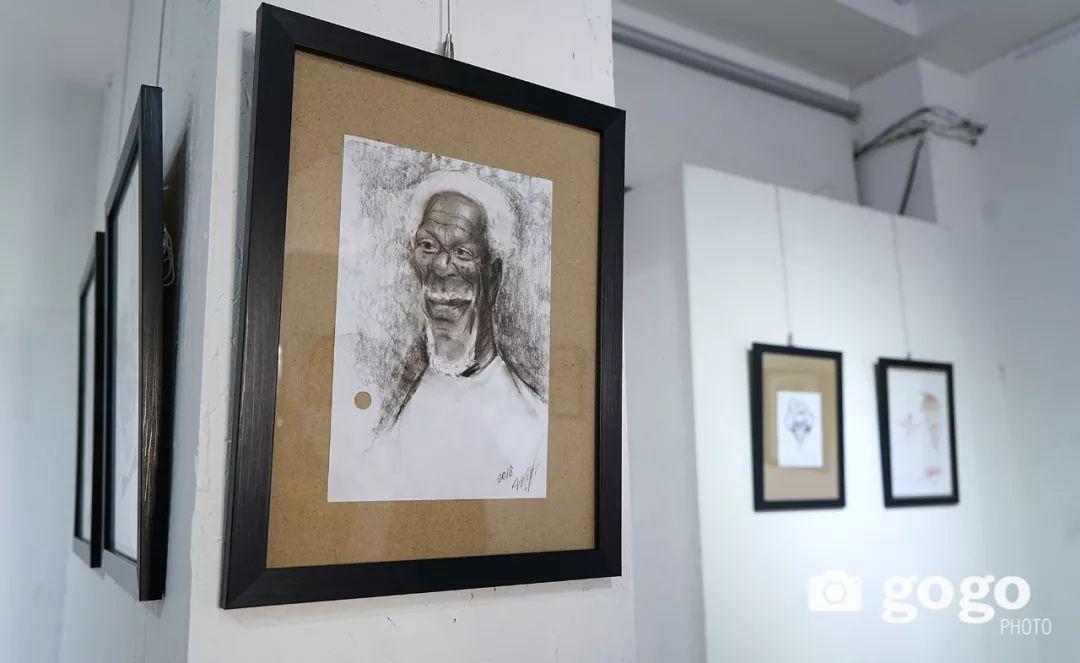 画家N·敖日格勒的这组蒙古名人画像很奇特(图片) 第33张 画家N·敖日格勒的这组蒙古名人画像很奇特(图片) 蒙古画廊