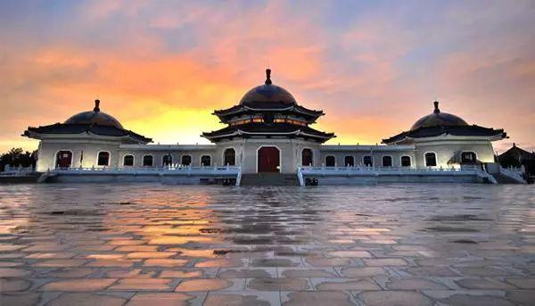 成吉思汗陵的建造与设计过程  (蒙古文) 第1张
