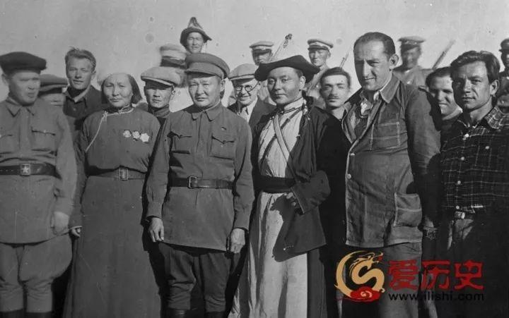 50年代蒙古国人民的文化生活老照片,他们的生活原来是这样的 第2张 50年代蒙古国人民的文化生活老照片,他们的生活原来是这样的 蒙古文化