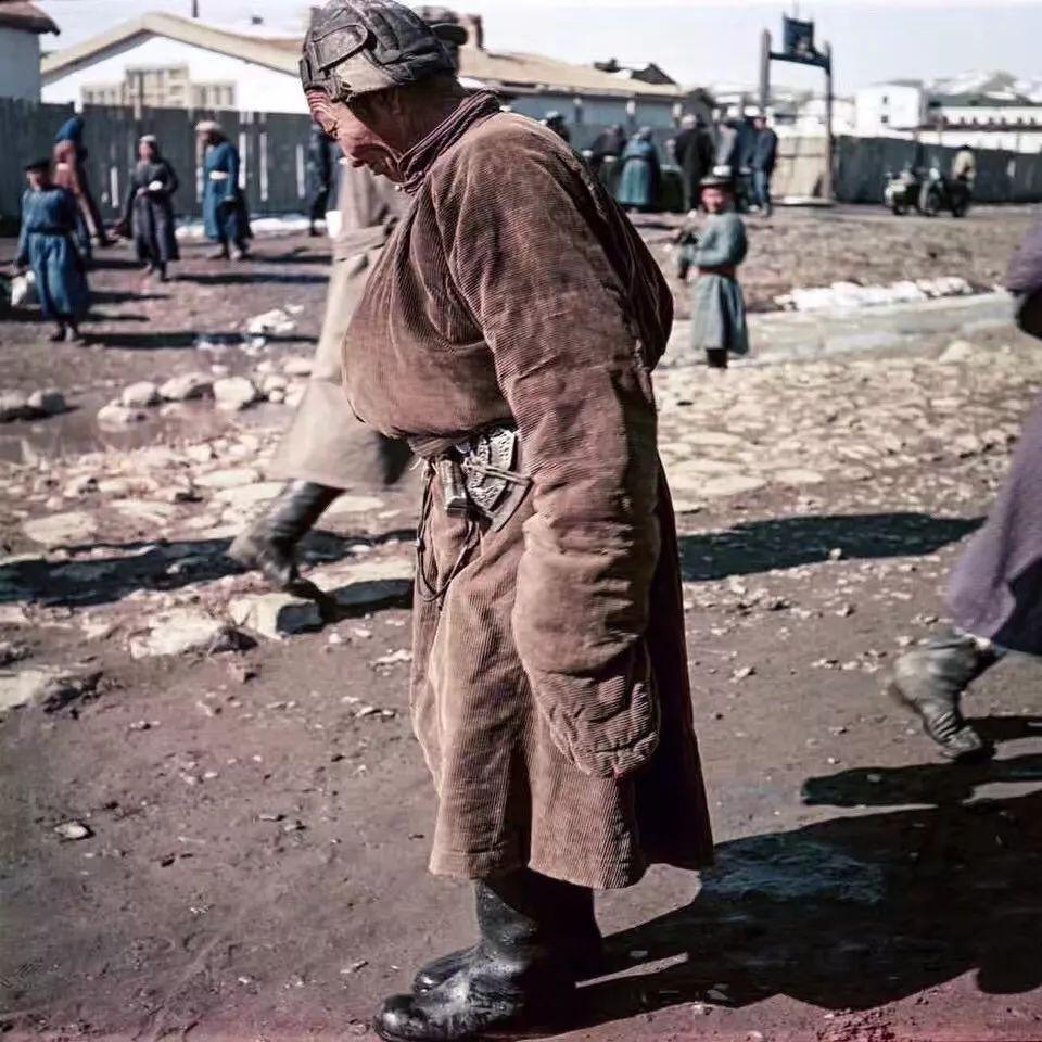 上世纪五十年代的蒙古街头,如今看来满满复古风! 第9张 上世纪五十年代的蒙古街头,如今看来满满复古风! 蒙古文库