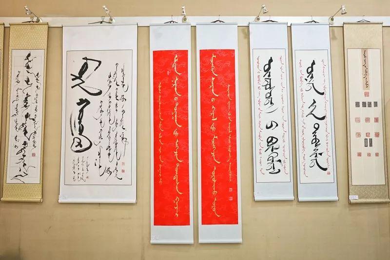 【书城 || 人物】一位蒙古文书法家的情怀 第5张 【书城 || 人物】一位蒙古文书法家的情怀 蒙古书法