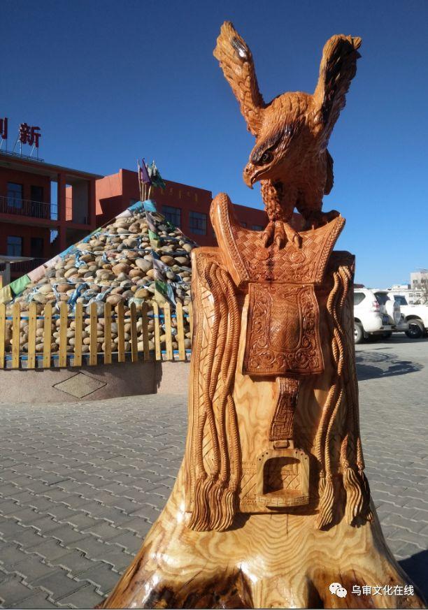 【人物】牧民雕刻能手敖日格勒~~~(蒙古文) 第6张 【人物】牧民雕刻能手敖日格勒~~~(蒙古文) 蒙古工艺