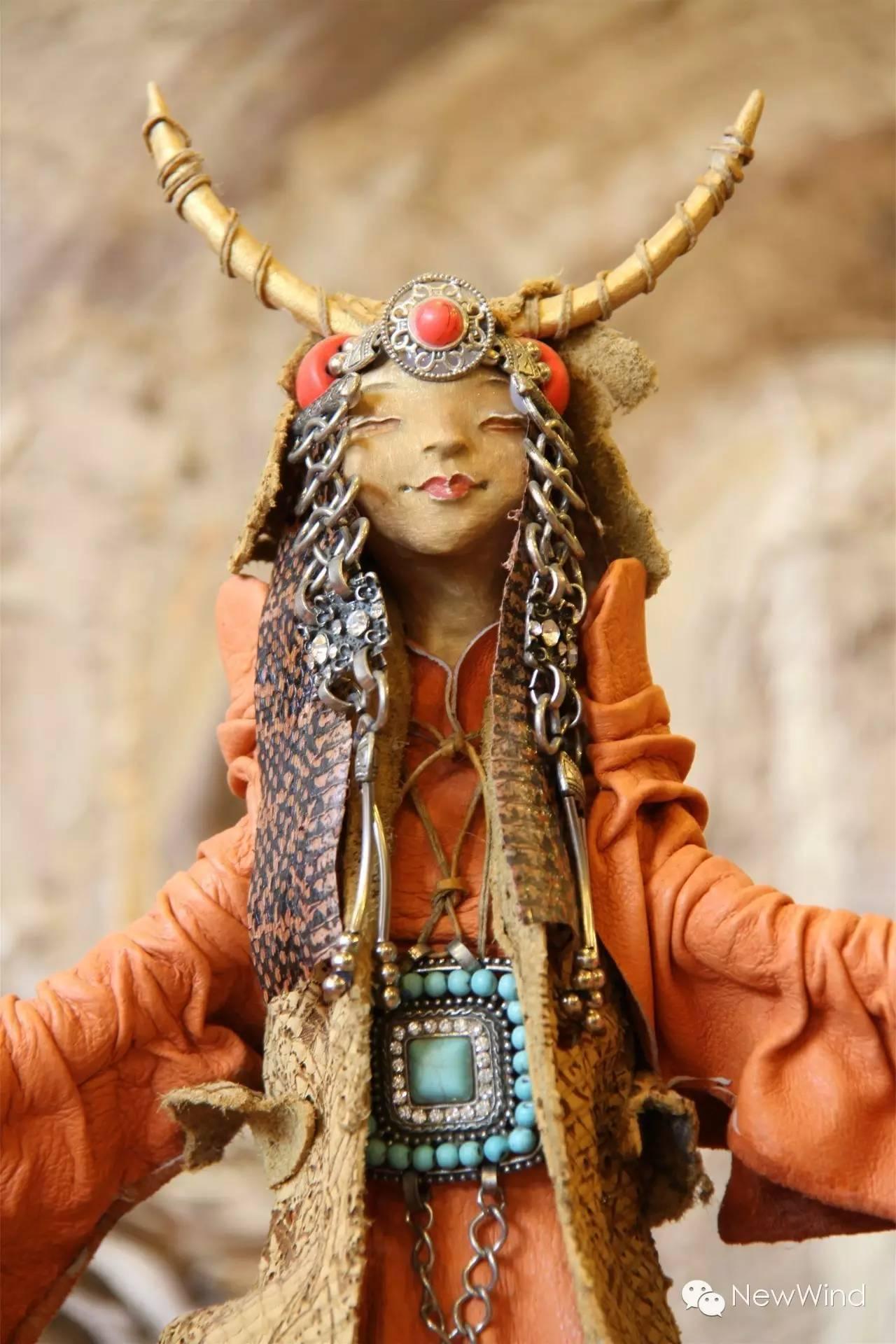 【艺术家】蒙古国画家 . 艺术家  - D.Gantugs 玩偶作品 第2张 【艺术家】蒙古国画家 . 艺术家  - D.Gantugs 玩偶作品 蒙古画廊