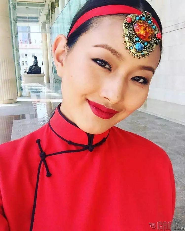 【蒙古佳丽】太漂亮了 蒙古美女们的新年自拍集... 第4张 【蒙古佳丽】太漂亮了 蒙古美女们的新年自拍集... 蒙古文化