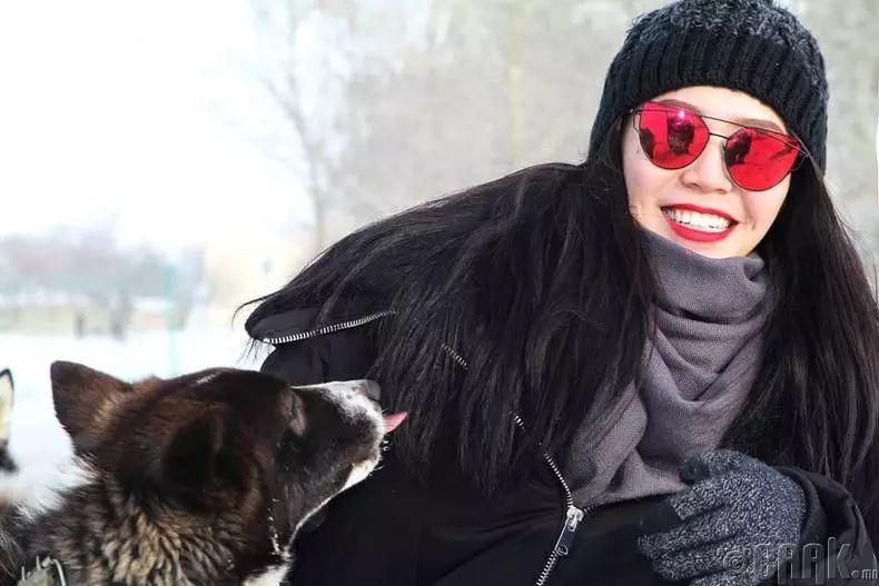 【蒙古佳丽】太漂亮了 蒙古美女们的新年自拍集... 第16张 【蒙古佳丽】太漂亮了 蒙古美女们的新年自拍集... 蒙古文化