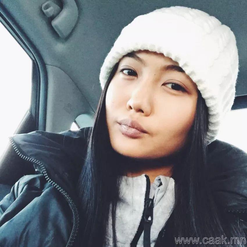 【蒙古佳丽】太漂亮了 蒙古美女们的新年自拍集... 第26张 【蒙古佳丽】太漂亮了 蒙古美女们的新年自拍集... 蒙古文化