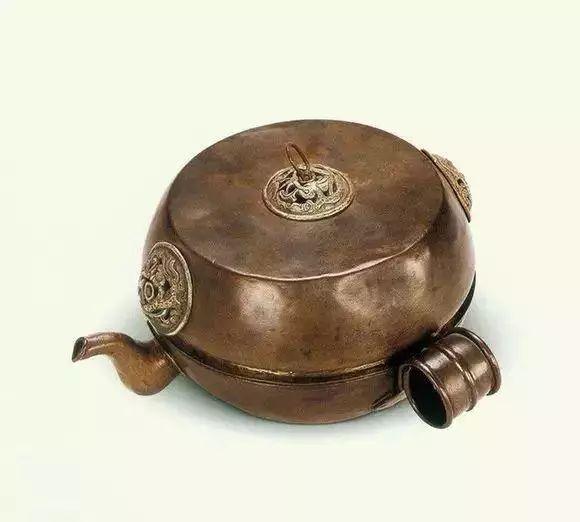 蒙古族生活中的这些文物,同时又是艺术品巅峰之作 第1张