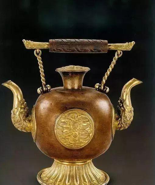 蒙古族生活中的这些文物,同时又是艺术品巅峰之作 第7张